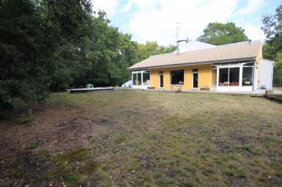 Vente maison Gradignan • <span class='offer-area-number'>211</span> m² environ • <span class='offer-rooms-number'>6</span> pièces