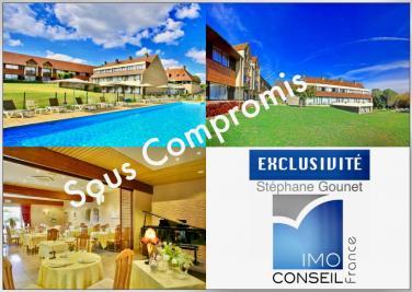 Vente propriété Rocamadour • <span class='offer-area-number'>3 900</span> m² environ • <span class='offer-rooms-number'>96</span> pièces