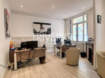 Achat appartement Cannes • <span class='offer-area-number'>59</span> m² environ • <span class='offer-rooms-number'>2</span> pièces