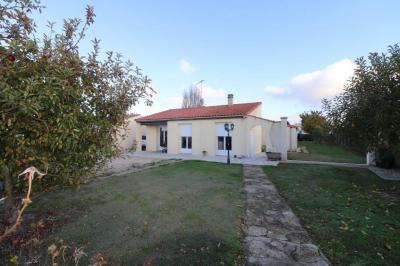 Vente maison St Nazaire sur Charente • <span class='offer-area-number'>169</span> m² environ • <span class='offer-rooms-number'>6</span> pièces
