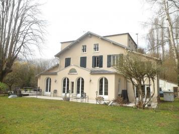 Vente propriété Croissy Beaubourg • <span class='offer-area-number'>330</span> m² environ • <span class='offer-rooms-number'>6</span> pièces