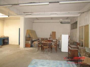 Vente commerce Perpignan • <span class='offer-area-number'>185</span> m² environ