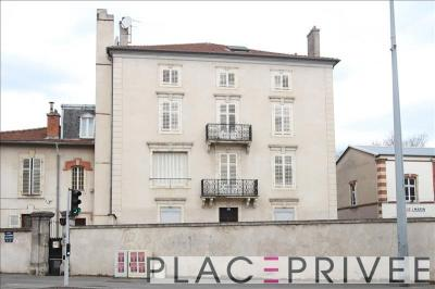 Vente immeuble Nancy • <span class='offer-area-number'>1 000</span> m² environ