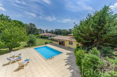 Vente maison Le Soler • <span class='offer-area-number'>240</span> m² environ • <span class='offer-rooms-number'>7</span> pièces