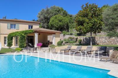 Achat villa Mougins • <span class='offer-area-number'>335</span> m² environ • <span class='offer-rooms-number'>8</span> pièces