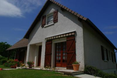 Vente maison Tracy sur Loire • <span class='offer-area-number'>148</span> m² environ • <span class='offer-rooms-number'>6</span> pièces