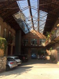 Achat loft Toulon • <span class='offer-area-number'>365</span> m² environ • <span class='offer-rooms-number'>4</span> pièces