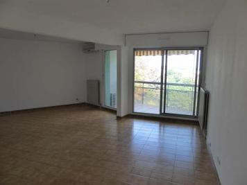 Appartement Nimes • <span class='offer-area-number'>74</span> m² environ • <span class='offer-rooms-number'>3</span> pièces