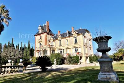 Vente château Perpignan • <span class='offer-area-number'>770</span> m² environ • <span class='offer-rooms-number'>13</span> pièces