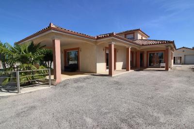 Vente maison Montauban • <span class='offer-area-number'>224</span> m² environ • <span class='offer-rooms-number'>7</span> pièces