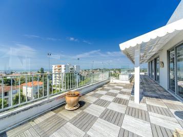Vente appartement Royan • <span class='offer-area-number'>174</span> m² environ • <span class='offer-rooms-number'>6</span> pièces