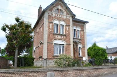 Vente maison Boue • <span class='offer-area-number'>132</span> m² environ • <span class='offer-rooms-number'>8</span> pièces