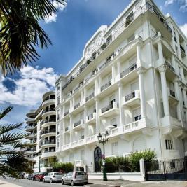 Vente appartement Pau • <span class='offer-area-number'>200</span> m² environ • <span class='offer-rooms-number'>5</span> pièces