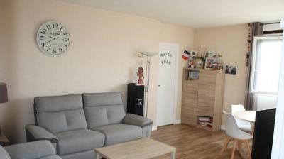 Vente appartement Mantes la Ville • <span class='offer-area-number'>73</span> m² environ • <span class='offer-rooms-number'>4</span> pièces