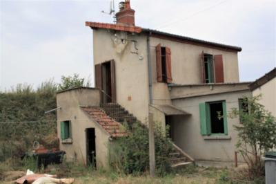 Vente maison Montlucon • <span class='offer-area-number'>49</span> m² environ • <span class='offer-rooms-number'>4</span> pièces