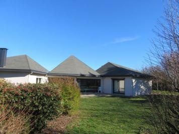 Vente maison Vendat • <span class='offer-area-number'>242</span> m² environ • <span class='offer-rooms-number'>7</span> pièces