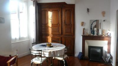 Achat appartement Oloron Ste Marie • <span class='offer-area-number'>59</span> m² environ • <span class='offer-rooms-number'>3</span> pièces