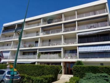 Vente appartement Gien • <span class='offer-area-number'>74</span> m² environ • <span class='offer-rooms-number'>3</span> pièces