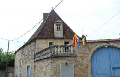 Vente maison Bourges • <span class='offer-area-number'>260</span> m² environ • <span class='offer-rooms-number'>6</span> pièces