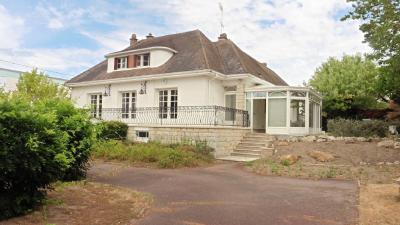 Vente maison Cosne Cours sur Loire • <span class='offer-area-number'>148</span> m² environ • <span class='offer-rooms-number'>1</span> pièce