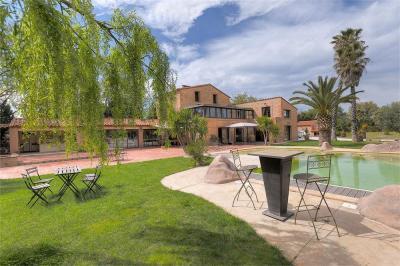 Vente propriété Perpignan • <span class='offer-area-number'>390</span> m² environ • <span class='offer-rooms-number'>8</span> pièces