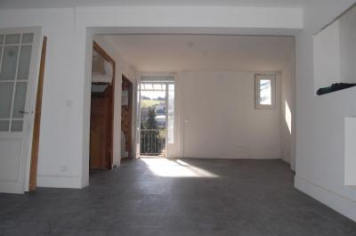 Vente appartement Unieux • <span class='offer-area-number'>83</span> m² environ • <span class='offer-rooms-number'>3</span> pièces