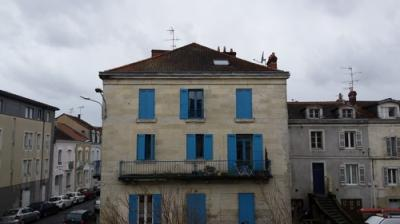 Location appartement Perigueux • <span class='offer-area-number'>31</span> m² environ • <span class='offer-rooms-number'>2</span> pièces