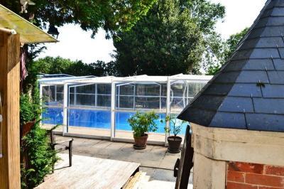 Propriété La Rochelle • <span class='offer-area-number'>340</span> m² environ • <span class='offer-rooms-number'>11</span> pièces