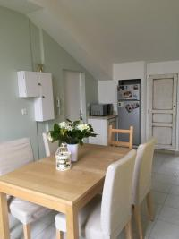 Location appartement Pont St Esprit • <span class='offer-area-number'>42</span> m² environ • <span class='offer-rooms-number'>2</span> pièces