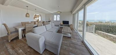 Location maison Ploemeur • <span class='offer-area-number'>82</span> m² environ • <span class='offer-rooms-number'>4</span> pièces