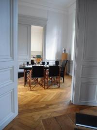 Location bureau Cognac • <span class='offer-area-number'>160</span> m² environ • <span class='offer-rooms-number'>5</span> pièces