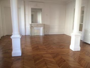 Location commerce Paris 17 • <span class='offer-area-number'>236</span> m² environ