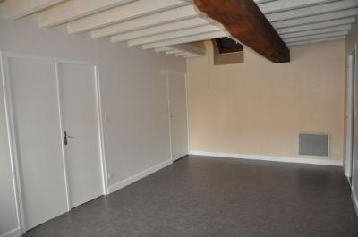 Location appartement Cosne Cours sur Loire • <span class='offer-area-number'>56</span> m² environ • <span class='offer-rooms-number'>3</span> pièces