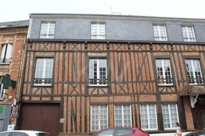 Vente appartement Forges les Eaux • <span class='offer-area-number'>79</span> m² environ • <span class='offer-rooms-number'>3</span> pièces