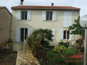 Villa St Laurent de la Salanque • <span class='offer-area-number'>134</span> m² environ • <span class='offer-rooms-number'>6</span> pièces