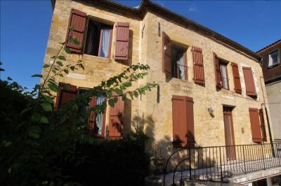 Vente maison Gourdon • <span class='offer-area-number'>106</span> m² environ • <span class='offer-rooms-number'>5</span> pièces