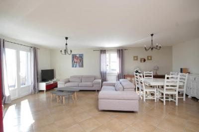 Vente maison Aigues Mortes • <span class='offer-area-number'>169</span> m² environ • <span class='offer-rooms-number'>5</span> pièces