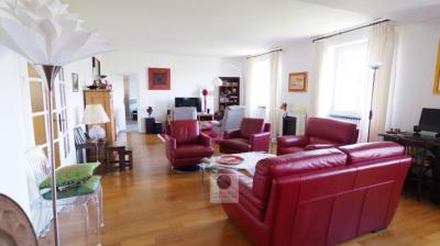 Achat appartement Valence • <span class='offer-area-number'>445 000</span> m² environ • <span class='offer-rooms-number'>5</span> pièces