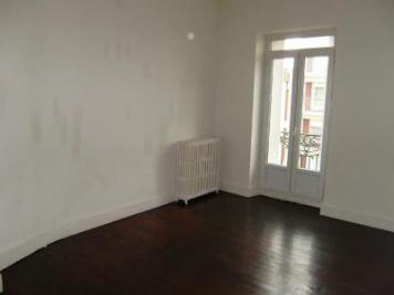 Location appartement Montceau les Mines • <span class='offer-area-number'>54</span> m² environ • <span class='offer-rooms-number'>2</span> pièces