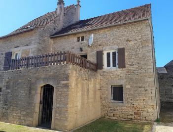 Vente maison Beaune • <span class='offer-area-number'>130</span> m² environ • <span class='offer-rooms-number'>4</span> pièces