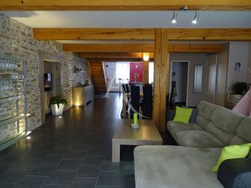 Maison Laure Minervois &bull; <span class='offer-area-number'>190</span> m² environ &bull; <span class='offer-rooms-number'>5</span> pièces