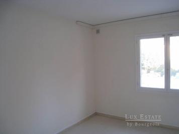 Location bureau Mougins • <span class='offer-area-number'>69</span> m² environ • <span class='offer-rooms-number'>3</span> pièces