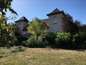 Vente maison Figeac • <span class='offer-area-number'>242</span> m² environ • <span class='offer-rooms-number'>10</span> pièces