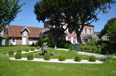 Vente propriété St Pol sur Ternoise • <span class='offer-area-number'>228</span> m² environ • <span class='offer-rooms-number'>10</span> pièces