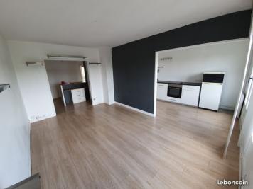 Appartement Plaisir • <span class='offer-area-number'>71</span> m² environ • <span class='offer-rooms-number'>4</span> pièces