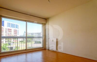 Vente appartement Montlucon • <span class='offer-area-number'>93</span> m² environ • <span class='offer-rooms-number'>4</span> pièces