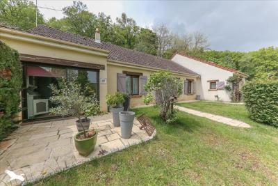 Achat maison La Chatre • <span class='offer-area-number'>172</span> m² environ • <span class='offer-rooms-number'>8</span> pièces