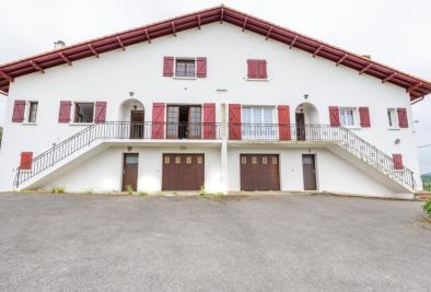 Achat maison Urrugne • <span class='offer-area-number'>294</span> m² environ • <span class='offer-rooms-number'>10</span> pièces