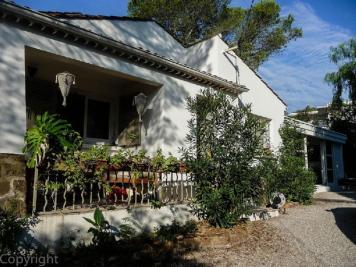 Vente villa St Raphael • <span class='offer-area-number'>130</span> m² environ • <span class='offer-rooms-number'>5</span> pièces