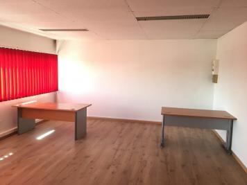 Location bureau L Union • <span class='offer-area-number'>55</span> m² environ
